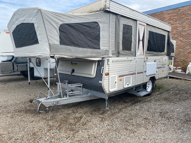 Coromal Magnum 440 Pioneer XC 2003 for sale in Windsor, NSW (SN 2798)