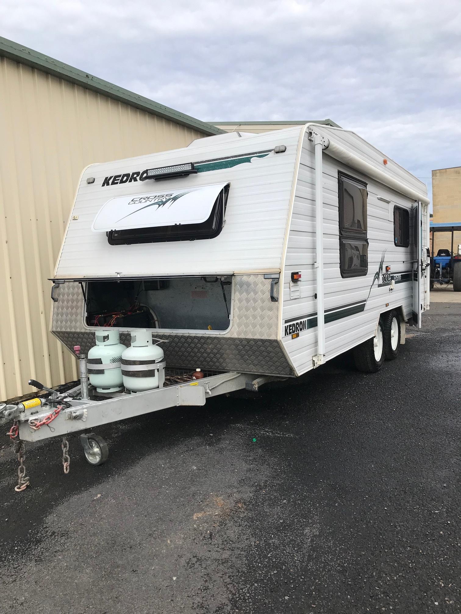 KEDRON Cross Country 19'6 Off-Grid Caravan (SN10262)